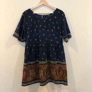 BeBop Paisley Print Shift Sleeve Dress